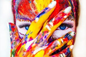 Onko luovuudelle sijaa asiabisneksessä?